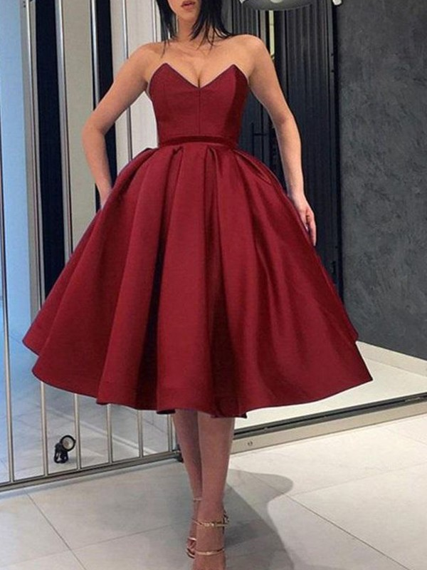 Ball Gown Satin Ruffles Sweetheart Sleeveless Knee-Length Homecoming Dresses