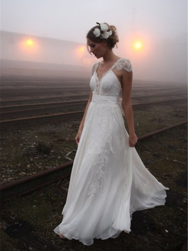 Princess V-neck Sweep/Brush Train Sleeveless Lace Chiffon Wedding Dresses