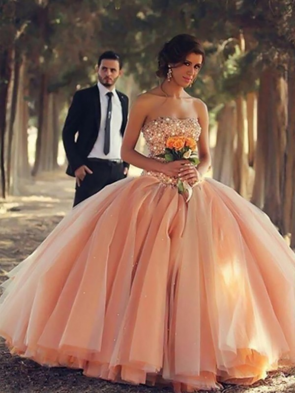 Ball Gown Sleeveless Floor-Length Strapless Beading Tulle Dresses