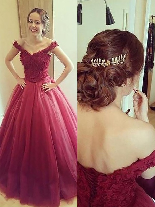Court Train Ball Gown Off-the-Shoulder Sleeveless Applique Tulle Dresses