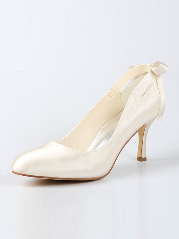 Women's Satin Closed Toe Spool Heel With Bowknot Wedding Shoes