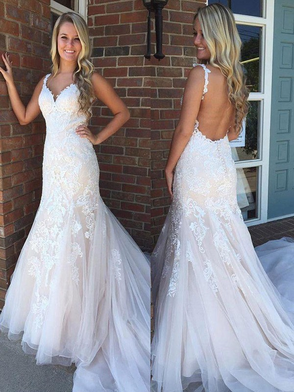 Trumpet/Mermaid Sleeveless V-neck Applique Sweep/Brush Train Tulle Wedding Dresses