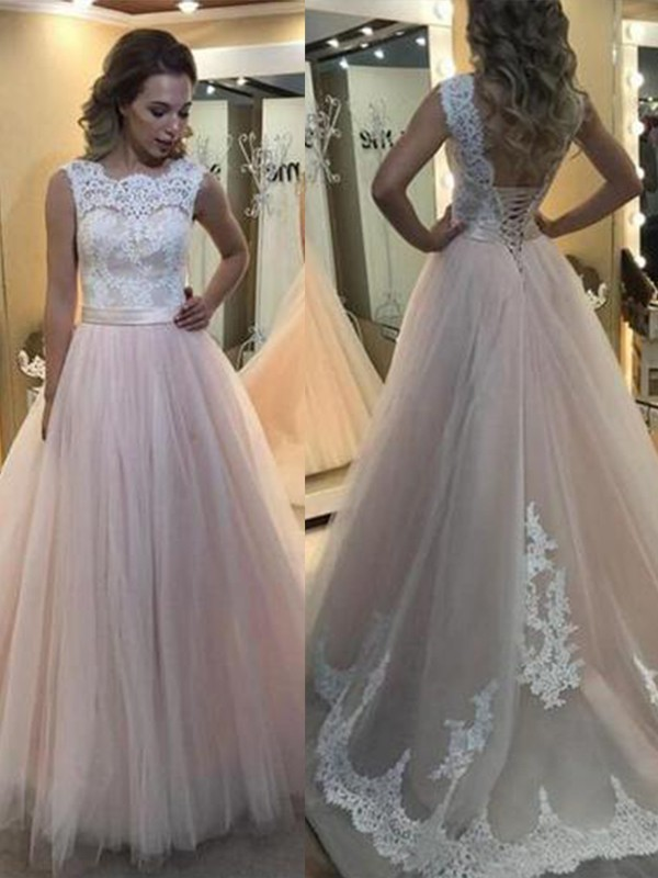 A-Line/Princess Bateau Sleeveless Lace Sweep/Brush Train Tulle Dresses