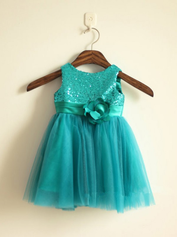 Princess Scoop Sleeveless Sequin Knee-length Tulle Dresses