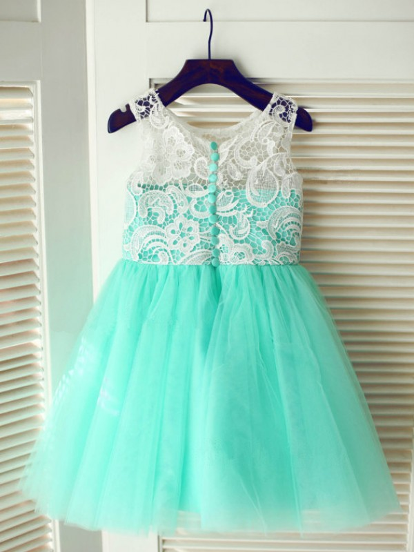 A-line/Princess Scoop Lace Tea-Length Tulle Dresses
