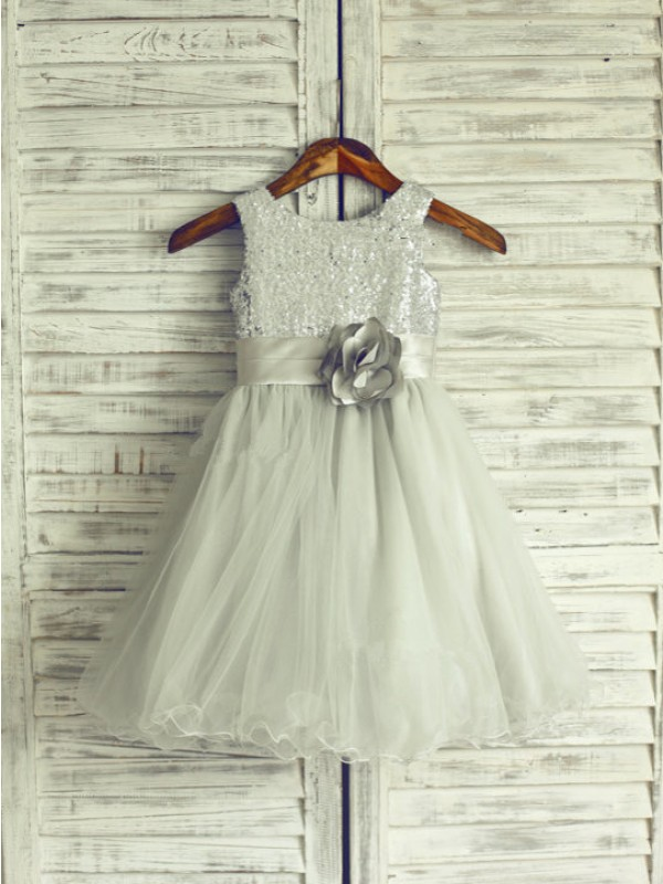 A-line/Princess Scoop Hand-Made Flower Knee-Length Organza Dresses